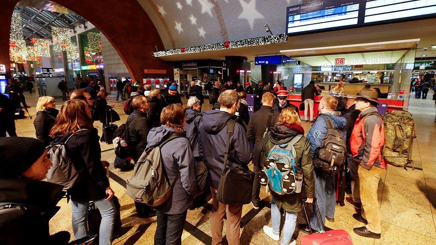 """""""السترات الصفراء"""" تصل ألمانيا بإضراب موظفي شركة السكك الحديدية"""