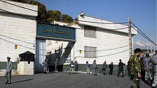 ایران؛ ۵ سال حبس برای ۲ وکیل معترض