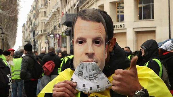 """Reportage: Gelbwesten - Randale und """"Macron, tritt zurück!"""""""