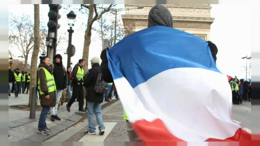 """""""We're not far from civil war"""" - The Story of the Latest Gilet Jaunes Protest"""