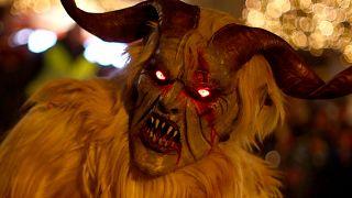 Krampuslauf: Hexen, Teufel und Dämonen