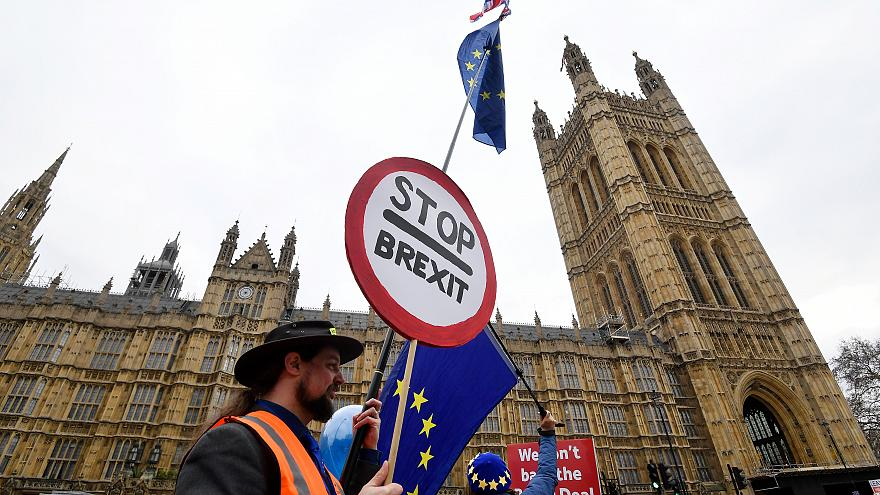 Brexit: Theresa May will offenbar erneut mit der EU verhandeln