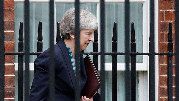 Brexit oylamasını ertelemeye hazırlanan May AB ile tekrar masaya oturuyor