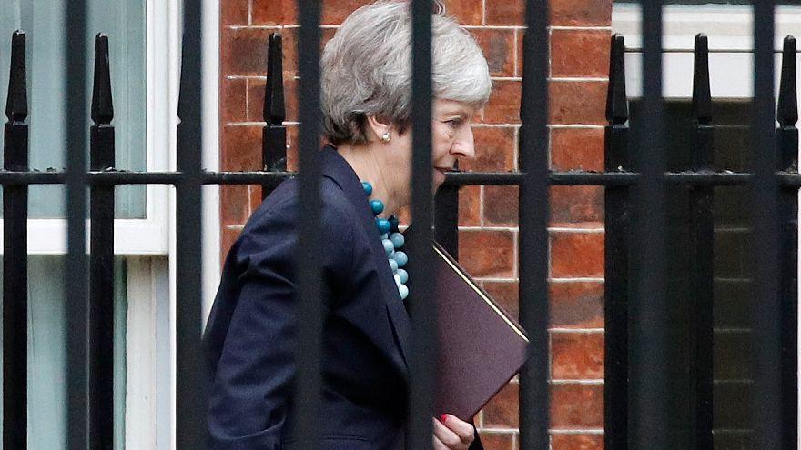 Την αναβολή της ψηφοφορίας για το Brexit ανακοίνωσε η Τερέζα Μέι