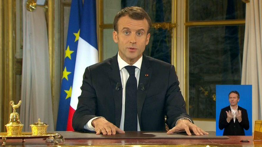 الرئيس الفرنسي إيمانويل ماكرون في خطاب من قصر الإليزيه باريس 10-12-2018
