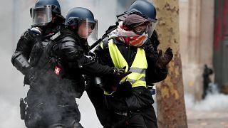 4 binden fazla 'sarı yelekli' gözaltına alındı