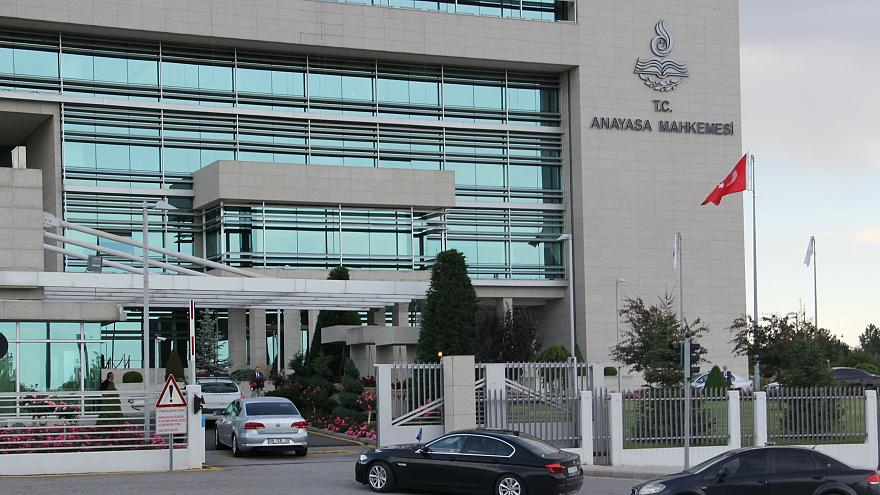 AYM'den 28 Şubat kararı: Başörtüsü nedeniyle Boğaziçi Üniversitesi'nden atılan öğrenciye tazminat