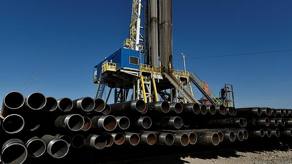 ABD'nin petrol üretimi ilk kez ithalatını geçti