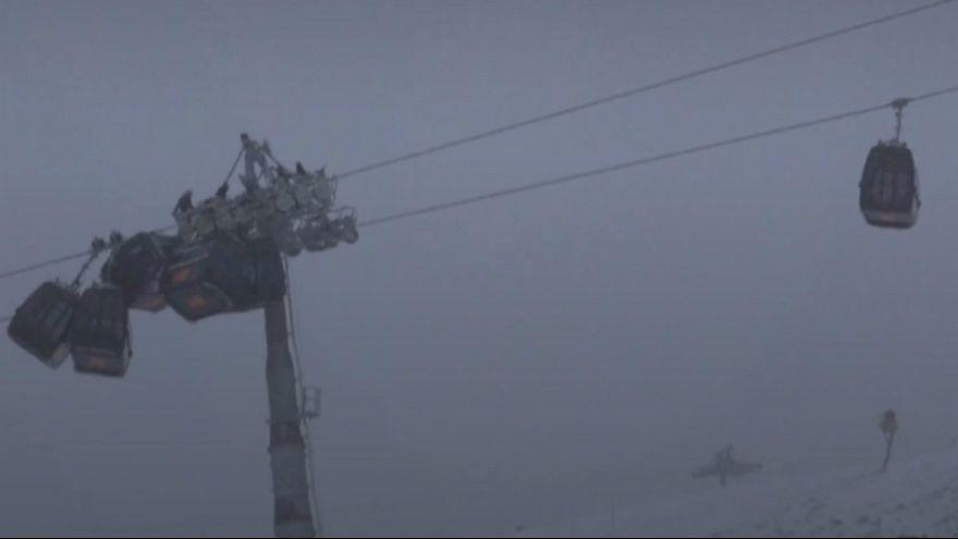 تصادف اتاقکهای تلهکابین اسکی در اتریش