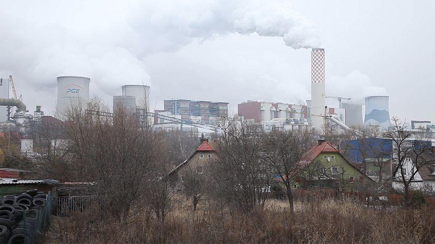 بولندا لن تتخلص بسهولة من الفحم رغم التلوث الذي يقضي على 50 ألف شخص سنوياً فيها