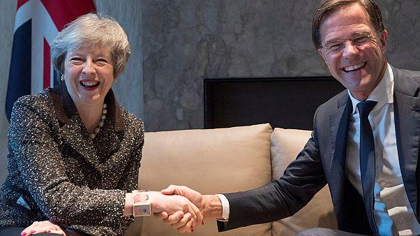 """تيريزا ماي تبدأ جولة أوروبية لتجنب """"بريكست"""" غير منظم"""