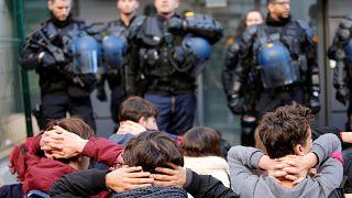 """دعوات طلابية فرنسية لثلاثاء """"أسود"""" احتجاجا على إصلاحات الحكومة ودعما لـ""""السترات الصفراء"""""""