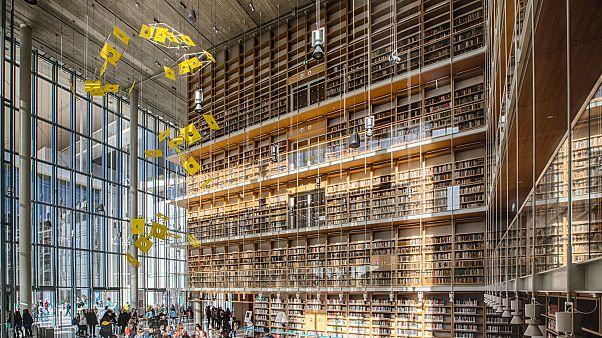 Η Εθνική Βιβλιοθήκη ανοίγει τις πόρτες της στο ΚΠΙΣΝ και στο Βαλλιάνειο