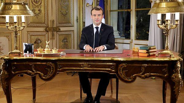 """Macron mostró """"profundo desagrado"""" en su discurso sobre los chalecos amarillos, según experto"""