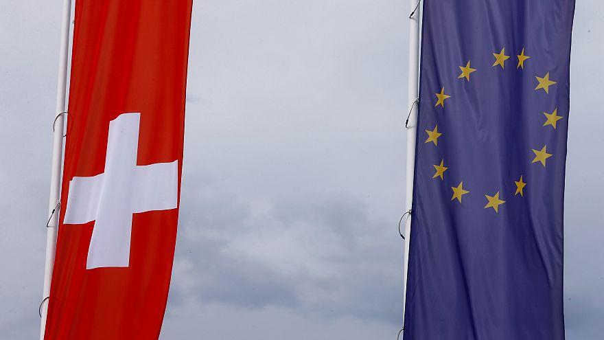 İsviçre ve AB bayrakları