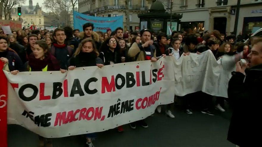 شاهد: خطاب ماكرون لا يثني طلاب فرنسا عن التظاهر