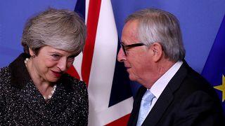 May busca apoyos en Europa para salvar el acuerdo del Brexit