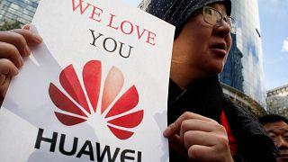 هواوي: الإعلام الصيني يدعو كندا ألا تكون الولاية الأميركية الحادية والخمسين