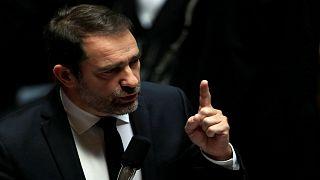 وزير الداخلية: فرنسا ترفع مستوى التهديد الأمني بعد مقتل 3 في  ستراسبورغ