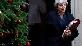 "Brexit: ""Δεν παραιτούμαι"" λέει η Τερέζα Μέι παρά την πρόταση μομφής"