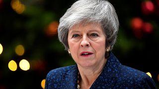 Conservadores questionam liderança de May