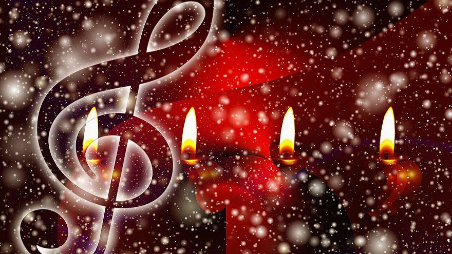 Welche Weihnachtslieder singen die Menschen in Europa?