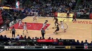 NBA: vincono largamente Toronto e San Antonio