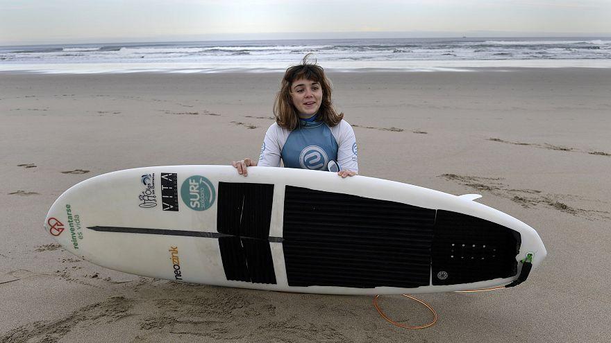 Le rêve d'or d'une surfeuse aveugle