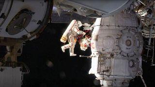 Video  Gizemli delik için 8 saatlik uzay yürüyüşü