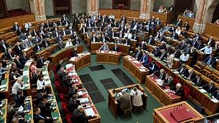 ΠΓΔΜ: Η κυβέρνηση κατέθεσε στη Βουλή τις τελικές τροπολογίες