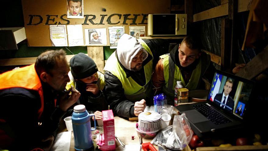 A sárgamellényesek szerint ők rosszul élnek, miközben Franciaország az EU top 4-ben szerepel