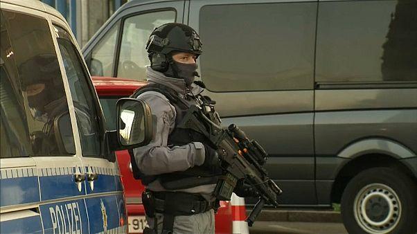 """""""Eine Schande ist das"""": Grenzkontrollen nach Straßburg-Anschlag"""