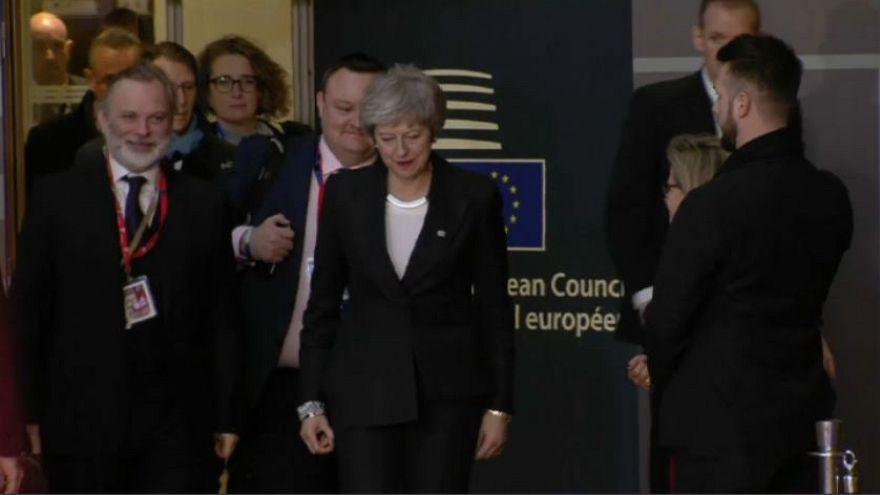 Brexit: la May in cerca di garanzie dal Consiglio UE