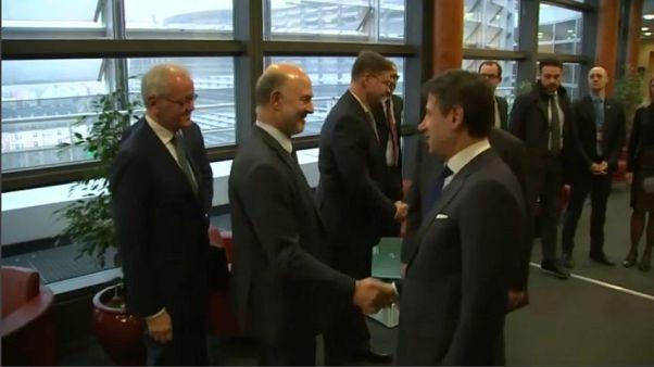 Manovra, Moscovici spegne gli entusiasmi dell'Italia