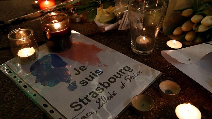 """Messe en hommage aux victimes dans une """"Strasbourg meurtrie"""""""