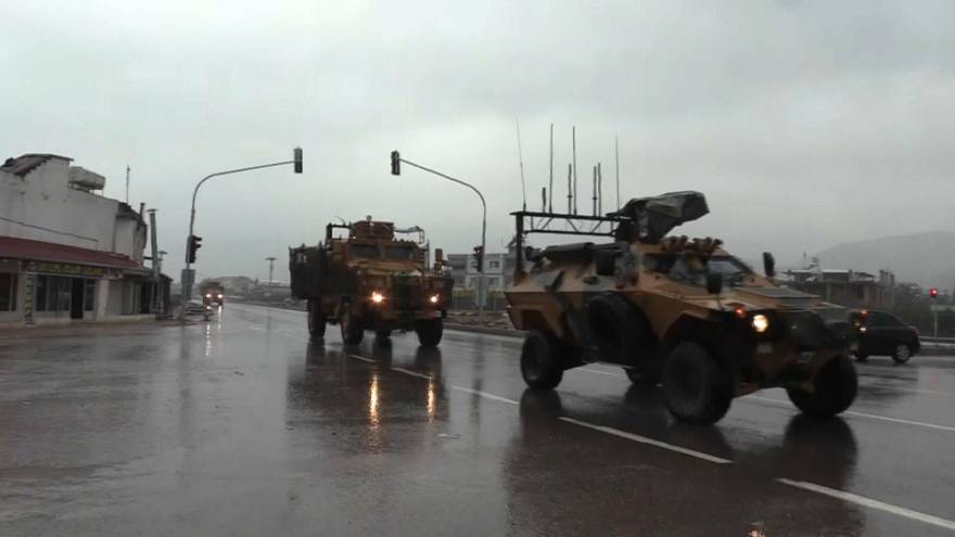 """""""ABD, Türkiye'nin Fırat'ın kuzeydoğusundaki operasyonunu engellemek için yoğun çaba gösteriyor"""""""