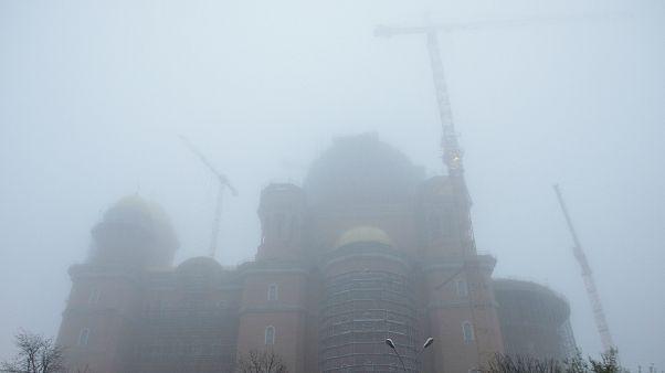 Η ρουμανική κυβέρνηση χτίζει έναν τεράστιο ναό που προκαλεί αντιδράσεις