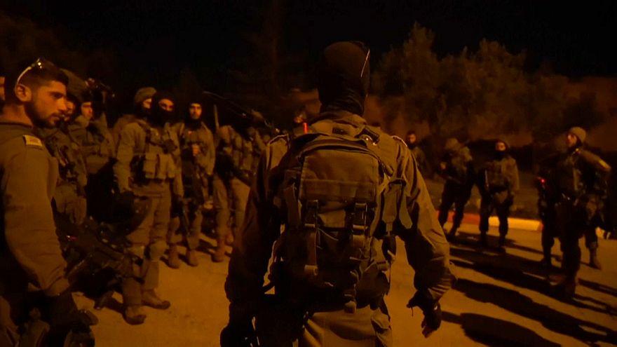 """إسرائيل تشنّ حملة اعتقالات في الضفة الغربية تشملُ نائبين في """" المجلس التشريعي"""""""