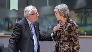 Jarro de agua fría de la Unión Europea a May