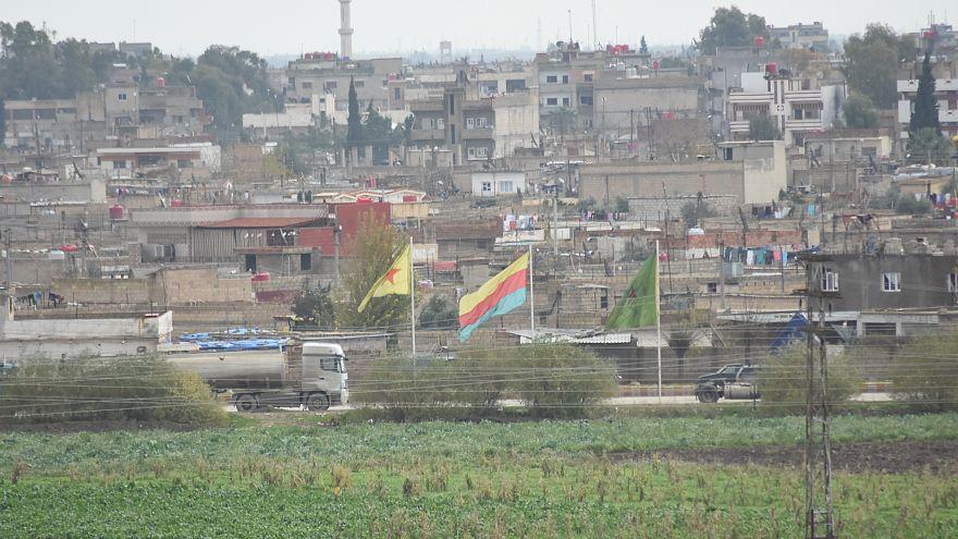 YPG'ye katılmaktan ceza alan İngiliz vatandaşı Türkiye'den kaçtı