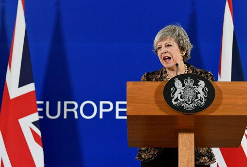 La Unión Europea se mantiene firme con Theresa May