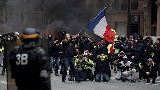 Revolta nas ruas de França