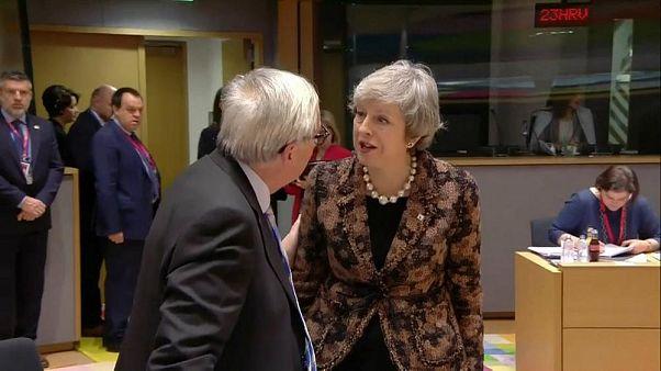 Theresa May'e 'zihni bulanık' diyen Juncker: İngilizce ana dilim değil, yanlış oldu