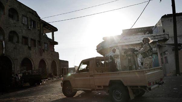 از سرگیری درگیریها در حدیده با وجود اعلام توافق آتشبس