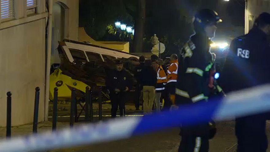Εκτροχιάστηκε τραμ στη Λισαβόνα - 28 τραυματίες