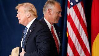 ادامه برکناریها در کابینه ترامپ؛ راین زینکی از وزارت کشور خداحافظی میکند