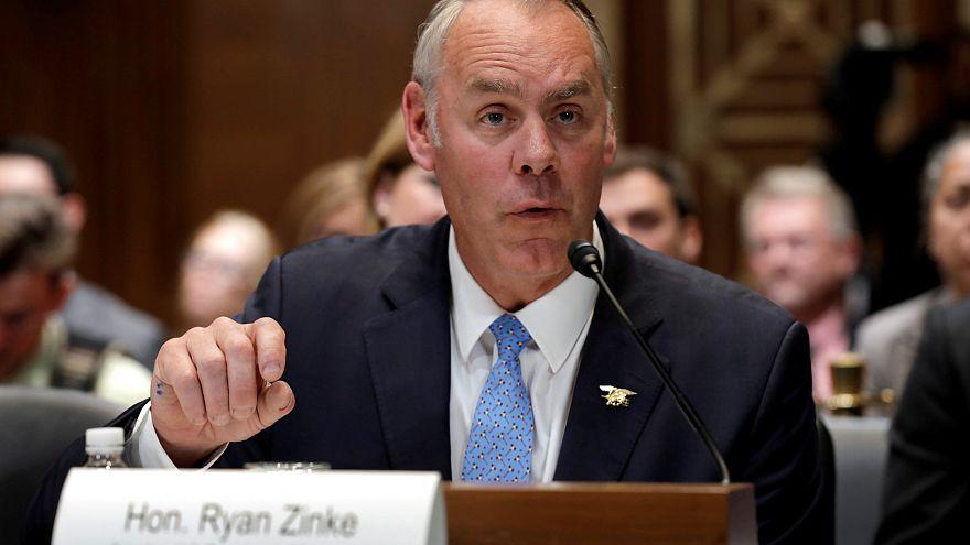 Trump anuncia la salida del secretario del Interior Ryan Zinke