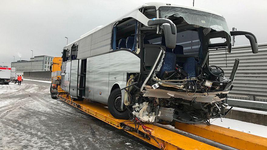Zurich : un accident de bus fait 1 mort et 44 blessés