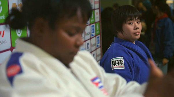 جودوکار هجده ساله ژاپنی با شکست قهرمان کوبایی پدیده رقابت های مسترز چین شد