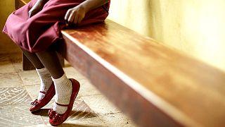 Afrikalı babanın 'kara kıtaya' terk ettiği kızına Fransa velayetini alarak sahip çıktı
